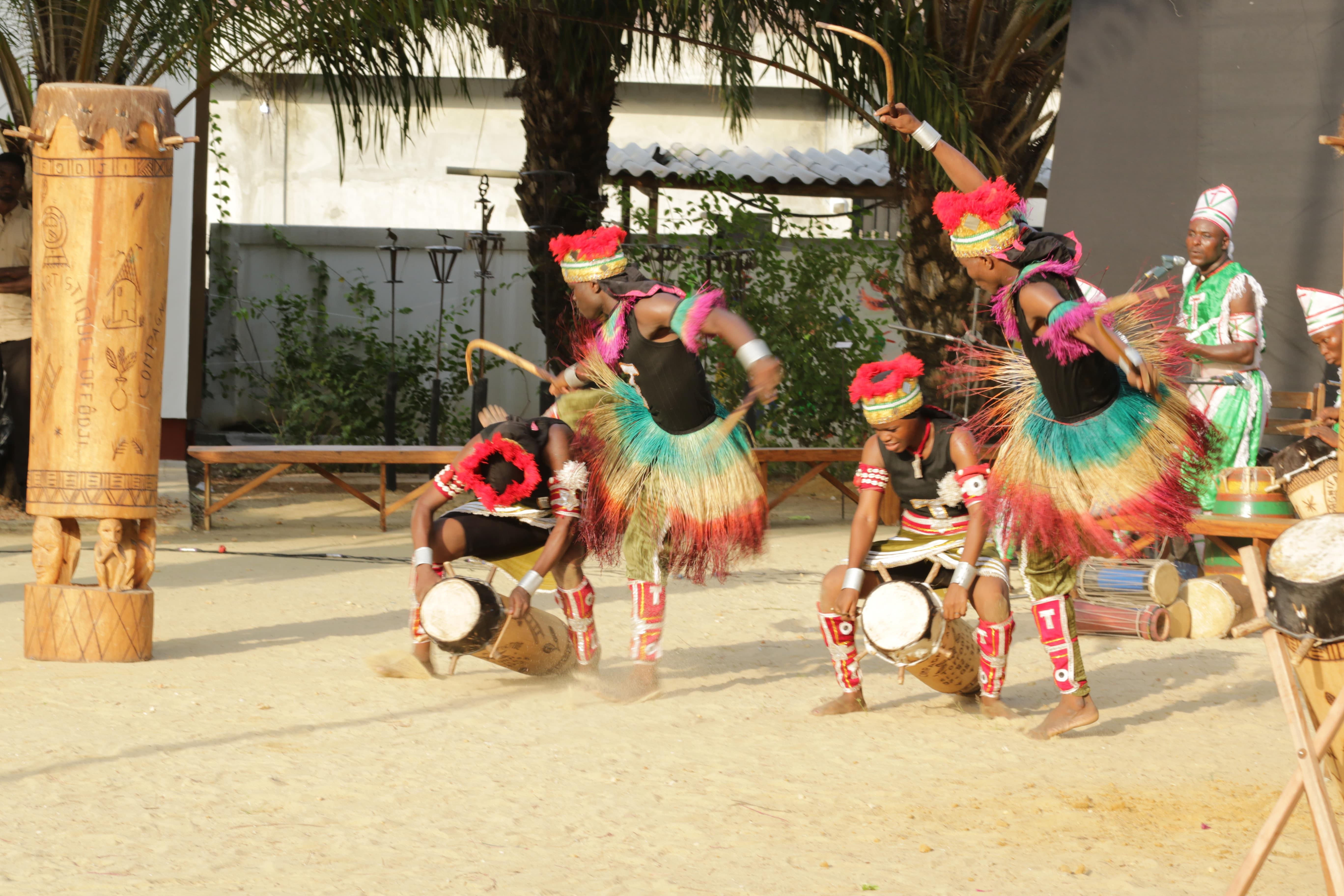 Danse traditionnelle avec la Compagnie artistique Toffodji #2