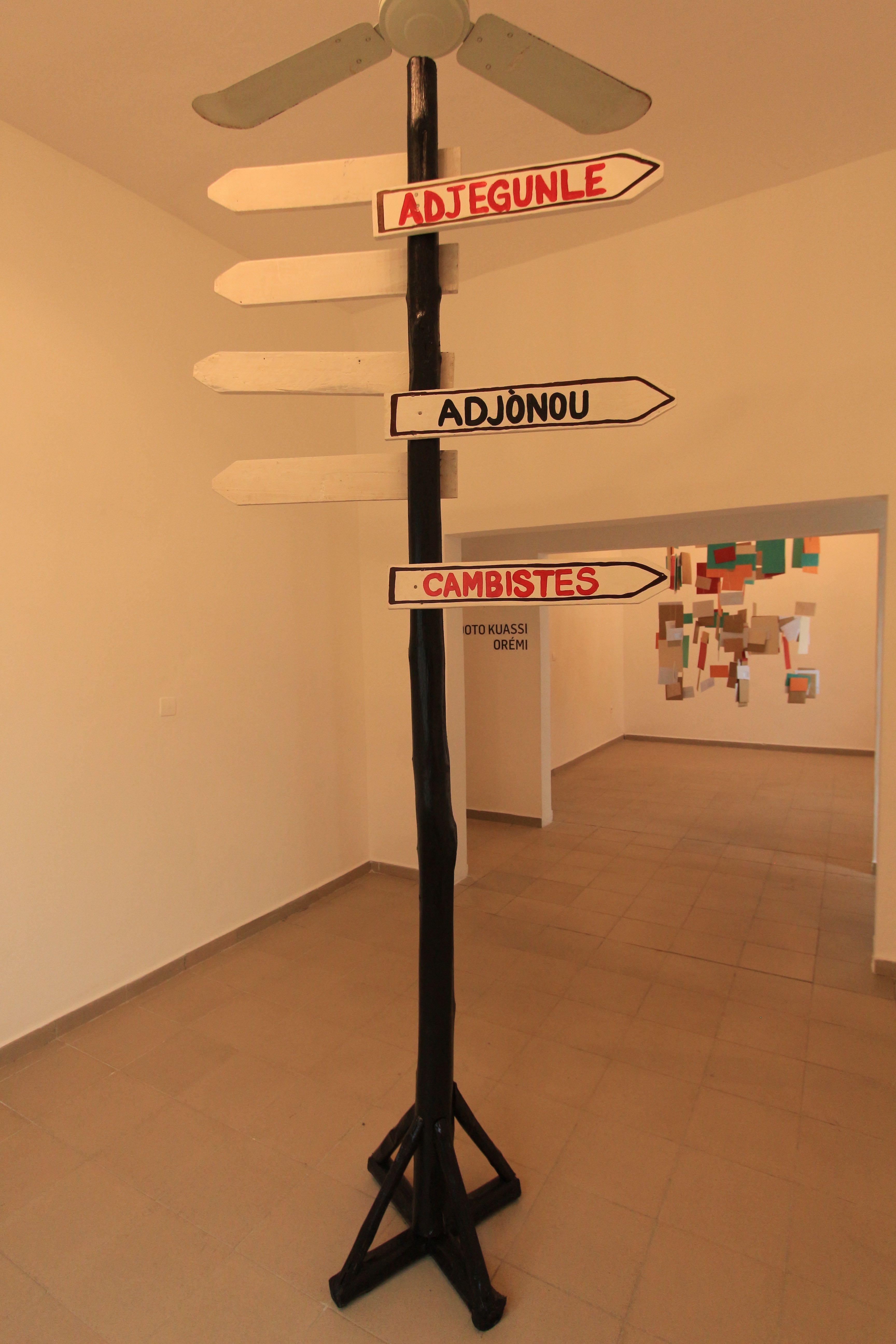 Doto Kuassi & Orémi, BP 229 informel, Sculpture, 280 x 368 cm, 2019